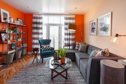 Màu cam - sắc màu tuyệt vời cho phòng khách