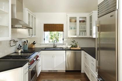 Những kiểu tủ thông minh cho phòng bếp siêu chật