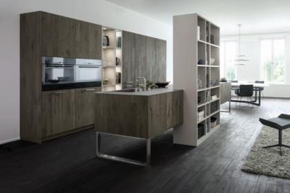 Thiết kế phòng bếp với sàn gỗ công nghiệp vừa đẹp vừa bền