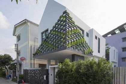 Căn nhà 2 tầng trong ngõ nhỏ vẫn nổi bật nhờ thiết kế thông minh
