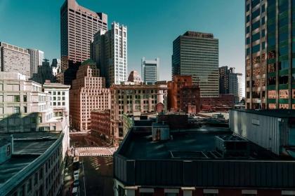 Mỹ-12 thành phố lương cao vẫn khó mua nhà